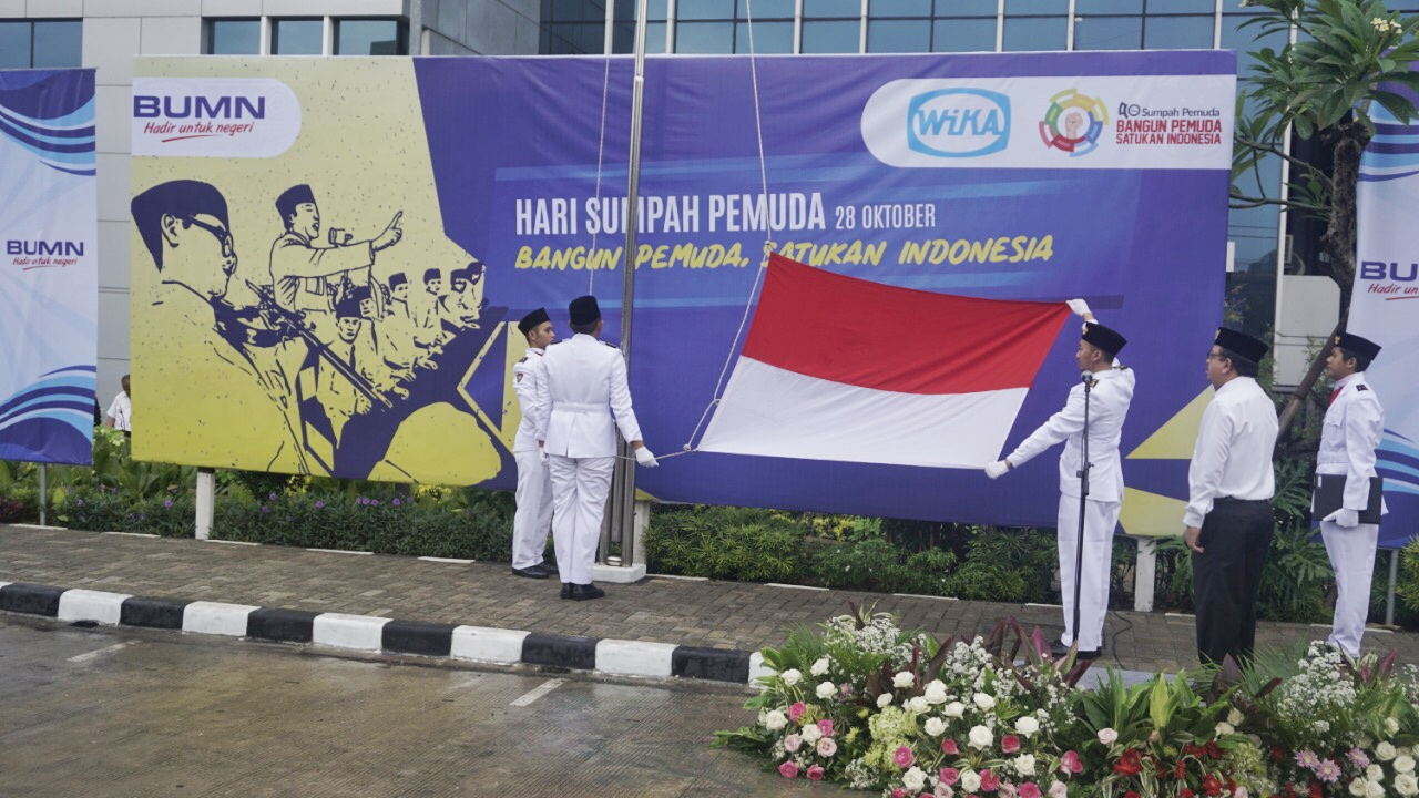 Sumpah Pemuda Ceremony at WIKAs Head Office