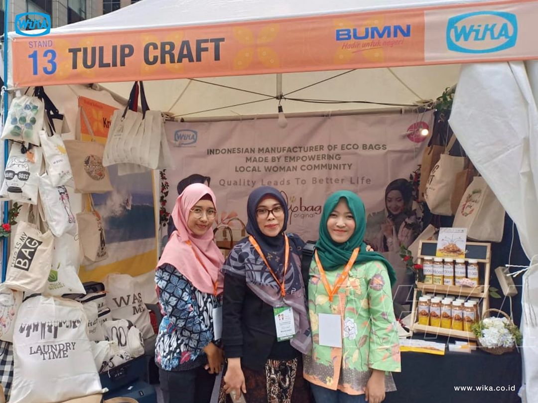 WIKAs fostered Small Middle Enterprise showcase superior products at the Indonesian Festival in Sout